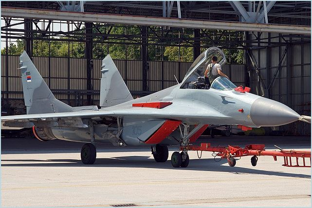 MiG-29s Fulcrum MiG-29B_Mikoyan_fighter_aircraft_Russia_Russian_air_force_aviation_aerospace_defence_industry_640