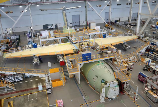 The first Airbus A400M new generation airlifter for the Royal Malaysian Air Force is rapidly taking shape at the Airbus Defence and Space final assembly line in Seville, Spain. All the fully equipped major sections including the wing, tailplane, cockpit, fuselage and landing-gear have been joined ready for ground-testing.