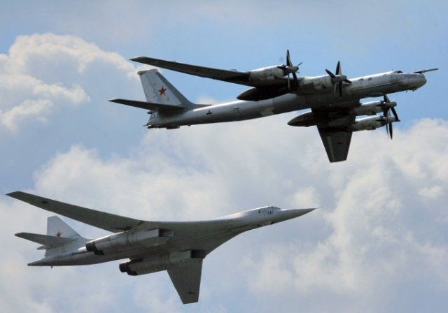 Russia plans to induct two upgraded Tu 160 and seven Tu 95MS strategic bombers in 2016 640 001