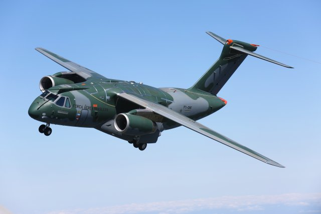 Selex ES has received a contract from Embraer Defense & Security to provide an undisclosed number of Gabbiano T20 radar systems for the KC-390 transport aircraft procured by the Brazilian Air Force (Força Aérea Brasileira, FAB). Deliveries will begin this year, Selex ES announced yesterday June 19, 2015.