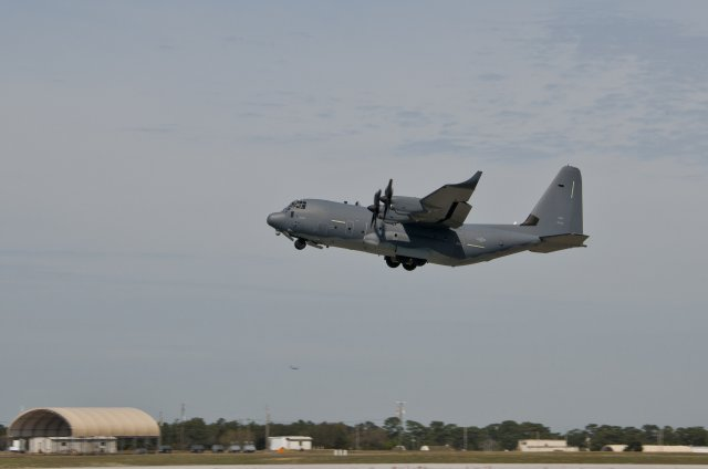 USAF tests fuel saving winglets on MC 130J Commando II aircraft 640 002