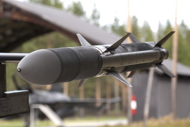US clears sale of 450 AIM 120D AMRAAM missiles to Australia 640 001