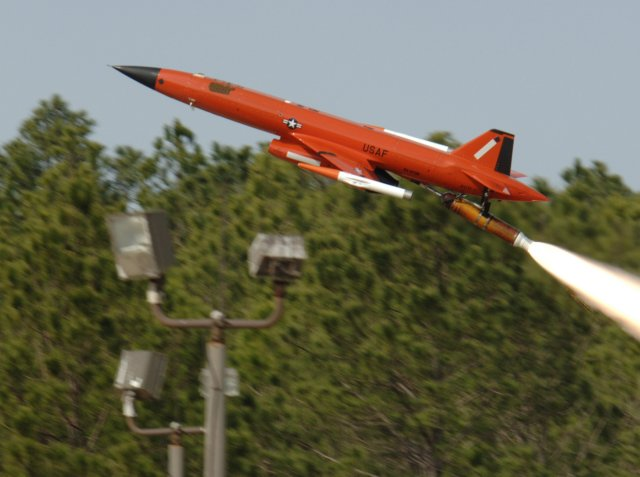 Kratos wins a 37mn for USAF Subscale Aerial Target Program support 640 001