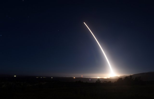 USAF Vanderberg air base successfully test launched unarmed Minuteman III ICBM 640 001