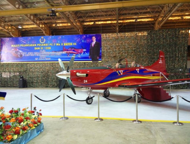 Malaysia beefs up pilot training capabilities with new H120 and PC 7 MkII aircraft 640 001