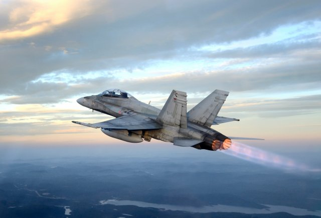 Canada considers buying F A 18 instead of F 35 640 001