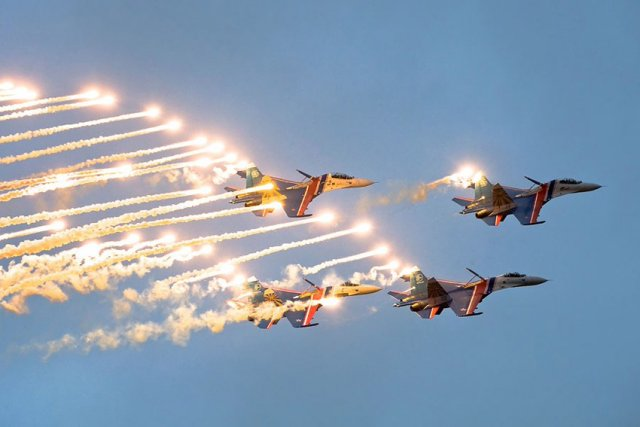 Russian Knights aerobatic team to switch to Su 30SM fighter in 2016 640 001