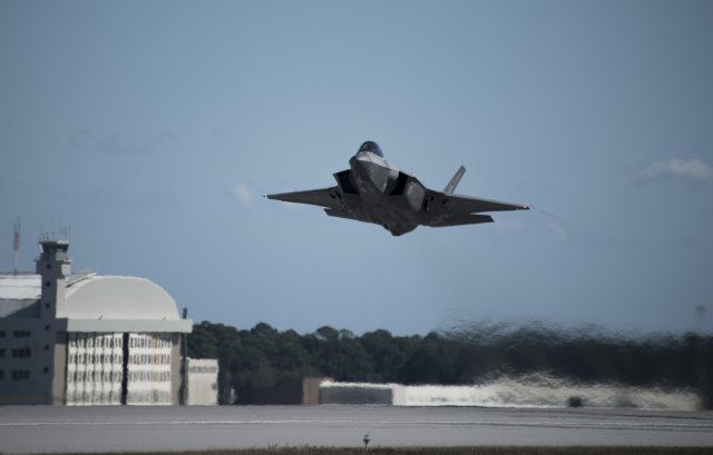 Operational USAF s F 35A fighter jet fires air to air missile for the first time 640 001