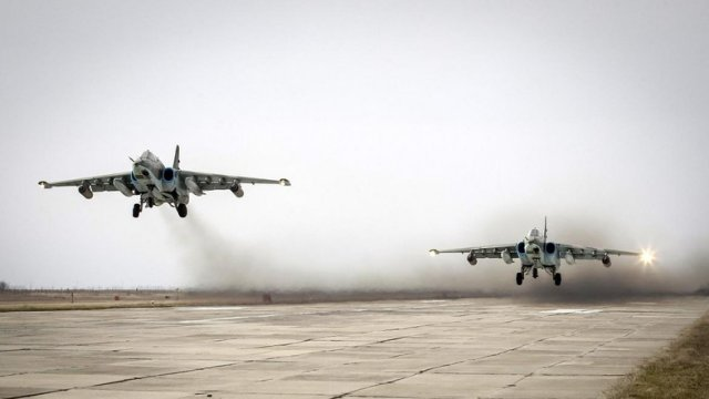 Russia brings Su 24M bombers back from Syria deploys four Su 25 fighter jets 640 001