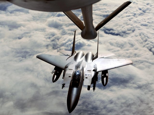 Boeing lands 5 year contract for South Korea s F 15K fighter jets support 640 001
