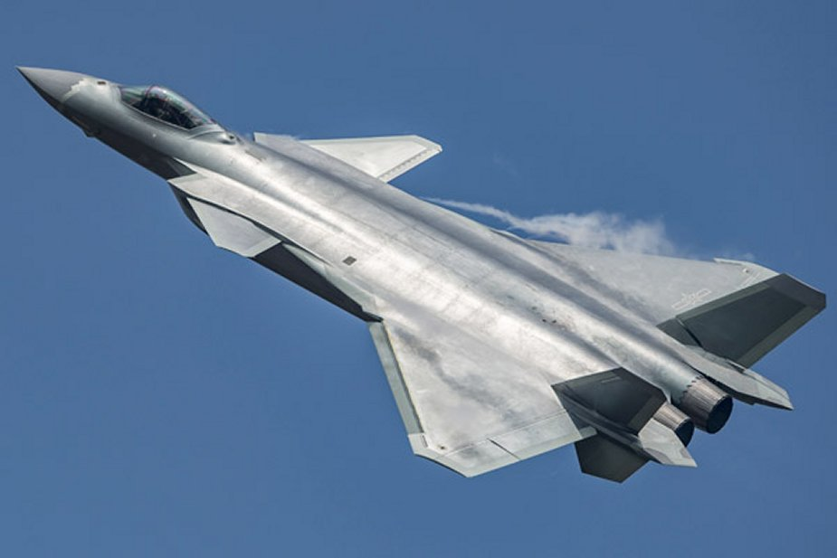 China to develop J 20 fighter jet into a large family 001