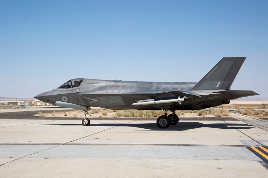 UK F 35B completes first flight test with ASRAAM missile 001