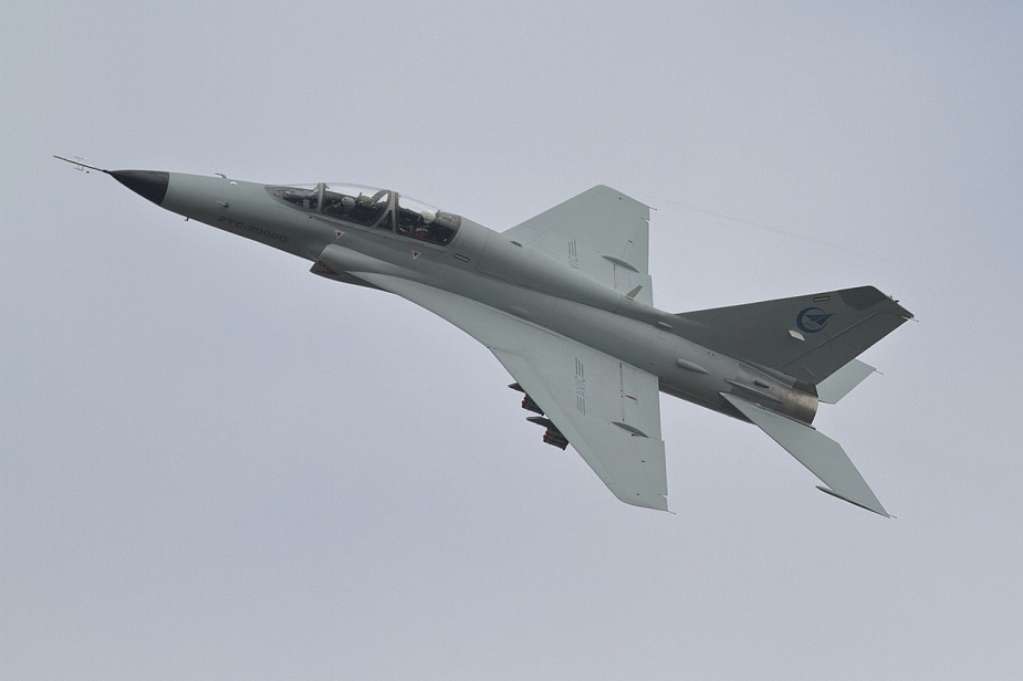 China JL 9 trainer jet to be modified to train aircraft carrier pilots