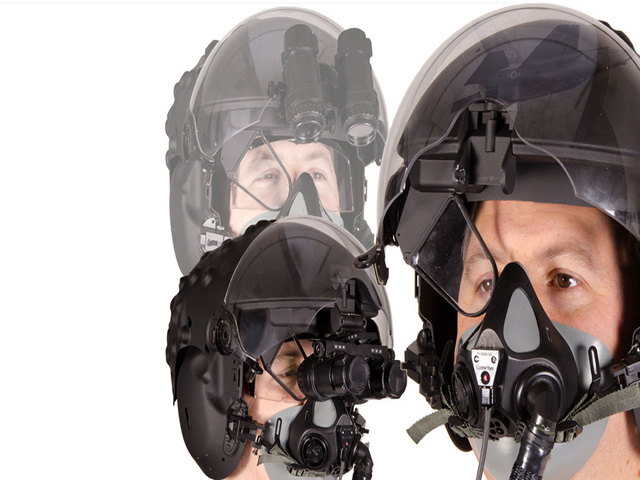 The Pentagon said on Thursday it would halt work on a second pilot helmet being developed for the F-35 fighter jet by Britain's BAE Systems Plc, and focus exclusively on the main helmet built by Rockwell Collins Inc and Israel's Elbit Systems Ltd.