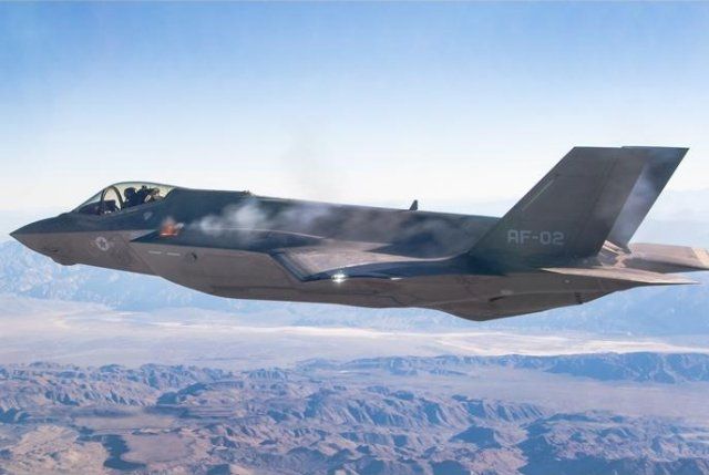 Lockheed Martin s F 35A Lightning II successfully completes first aerial gun firing 640 001