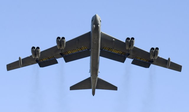 Boeing to equip USAF s B 52 bombers fleet with new Combat Network Communications Technology 640 001