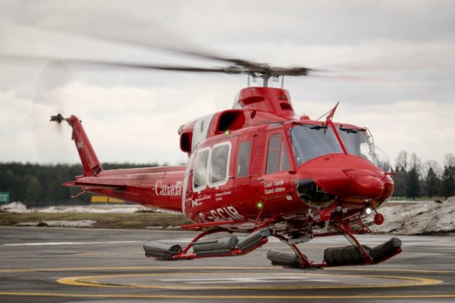 Canadian Coast Guard receives its two first Bell 412EPi helicopters 640 001