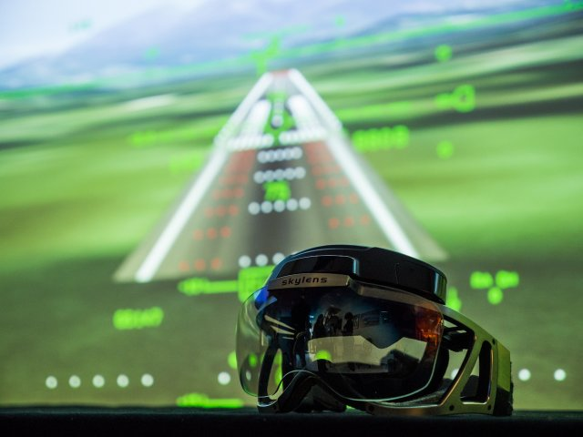 Elbit Systems Skylens head up display achieved flight tests in final configuration mode 640 002