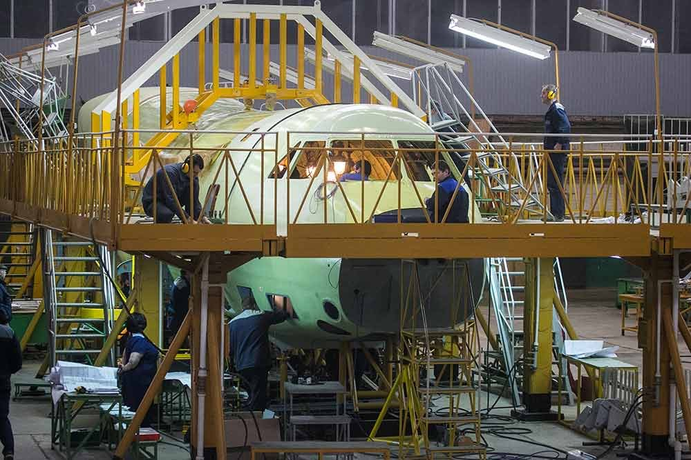 Ilyushin Il 112V military airlifter enters final assembly stage 640 001