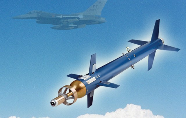 Lockheed Martin to provide Polish Air Force with ELGTR Training Round 640 001