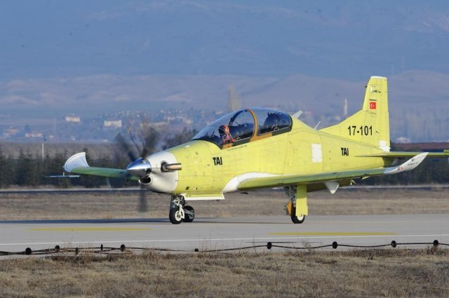 TAI Hurkus training aircraft successfully conducts maiden fligh 640 001