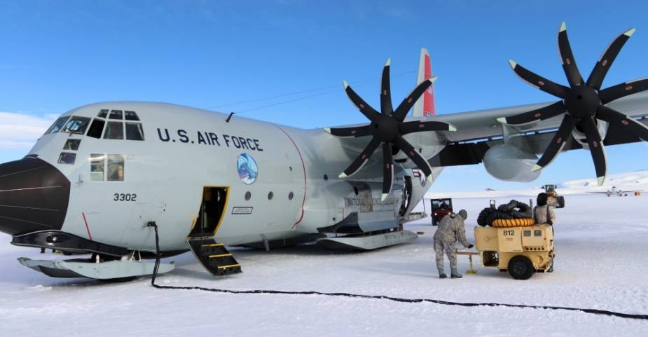 US 109th Airlift Wing deploys LC 130J Super Hercules to New Zealand for emergency missions to Antarctica 1