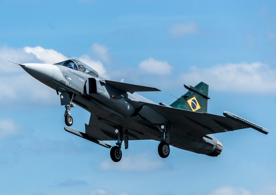 First flight in Brazil for Brazilian Air Force Saab Gripen E 1