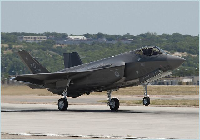 F-35 F-35A CTOL Lightning II Lockheed variants Martin multirole fighter aircraft technical data sheet specifications intelligence description information identification pictures photos images video United States American US USAF Air Force defence industry military technology conventional takeoff and landing
